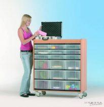 """InBox alacsony tárolószekrény, 9 db """"M"""" és 9 db """"L"""" típusú átlátszó fiókkal, görgős"""