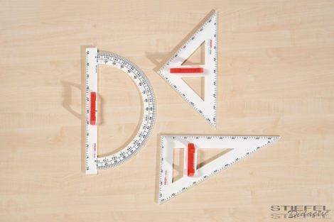 45°-os, 50 cm-es táblai háromszögvonalzó, mágneses
