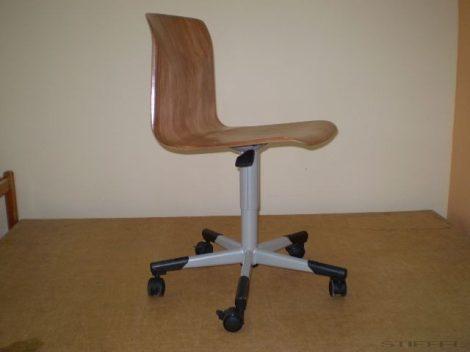 Speciális ültető szék